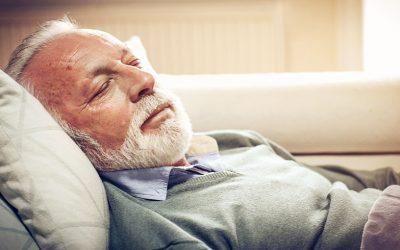 Dormir menos de seis horas al día aumenta hasta un 34% el riesgo cardiovascular